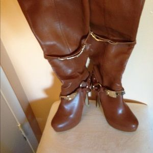 Brown buckle detail stiletto boots